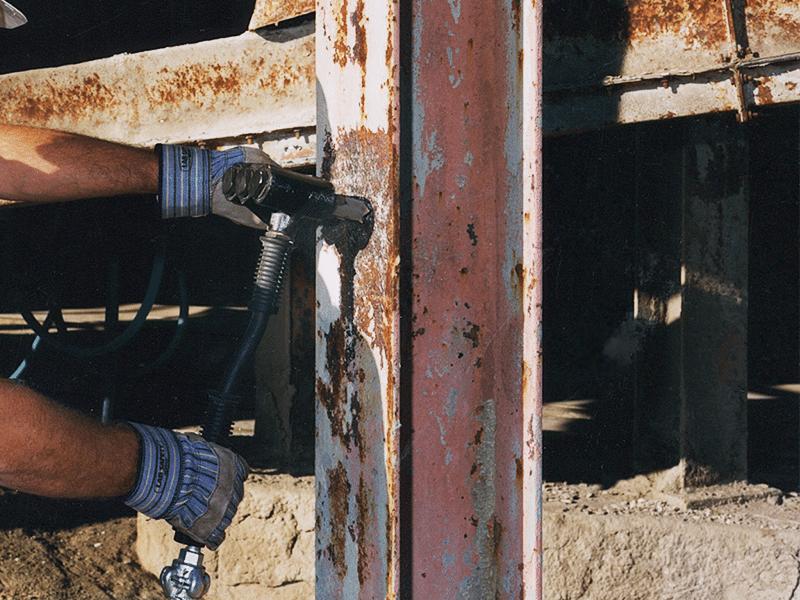descaling hammer